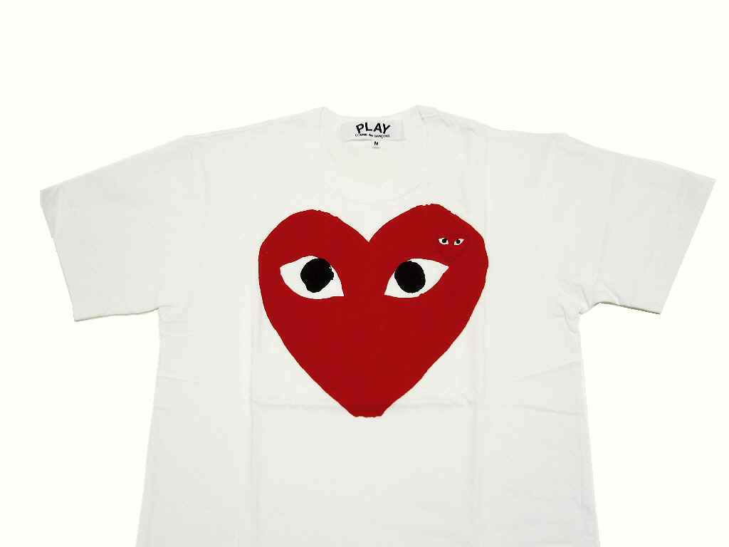 9b8a2b3f61d6 I am proud of great popularity in コムデギャルソン. Basic red heart TEE of PLAY!