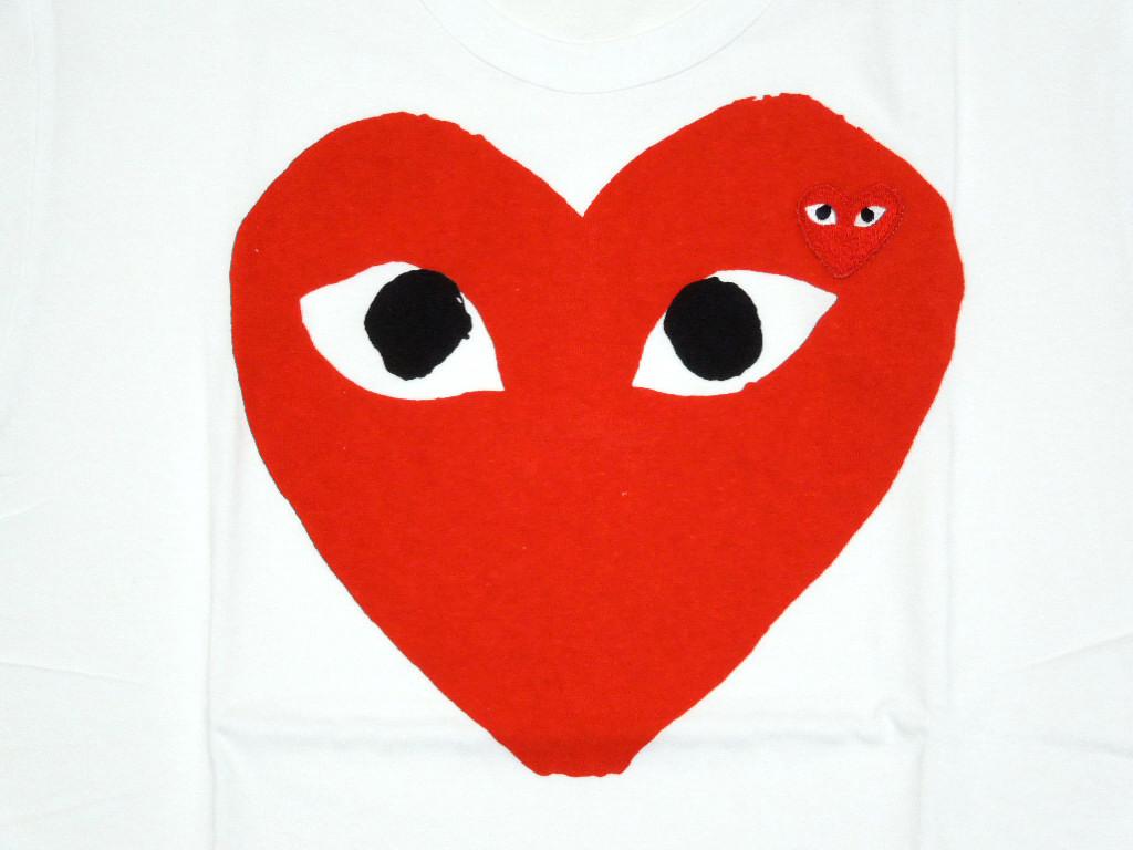 """播放纪念 des 麦卡锡 (纪念 des 麦卡锡戏剧)""""大红心 T 恤 ' (t 恤) (白色)"""