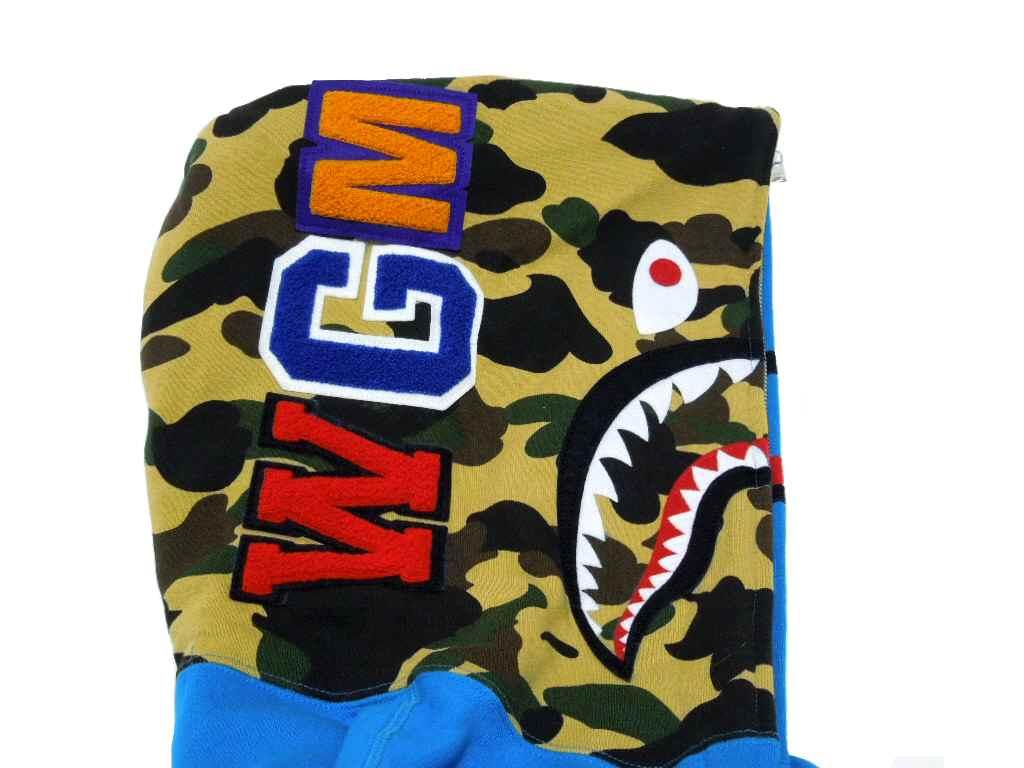 A BATHING APE (APE) SHARK FULL ZIP HOODIE (Hoodie) shark フルジップフーディー BAPE bape
