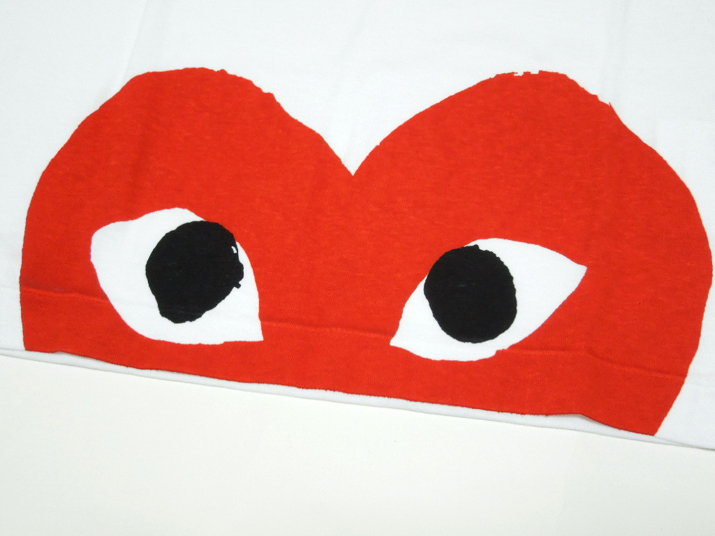 Boasting Great Popularity At Comme Des Garcons PLAY Red Heart TEE