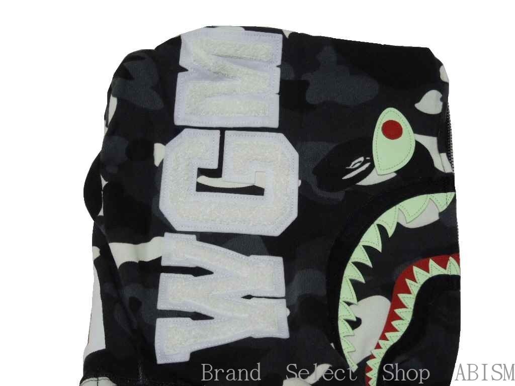 A BATHING APE (エイプ) CITY CAMO SHARK FULL ZIP HOODIE 상어 풀 지퍼 후드 BAPE (ベイプ)