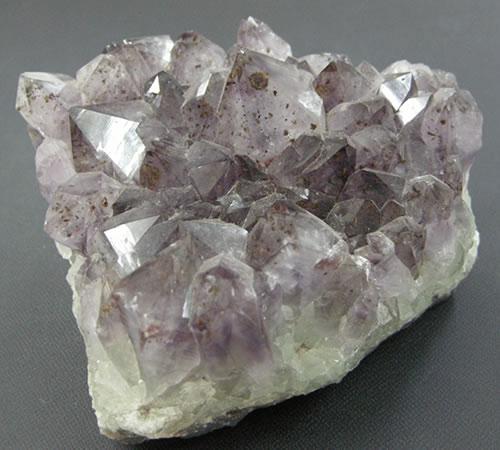 【送料無料】チベット産アメジストクラスター  天然石 パワーストーン ame105