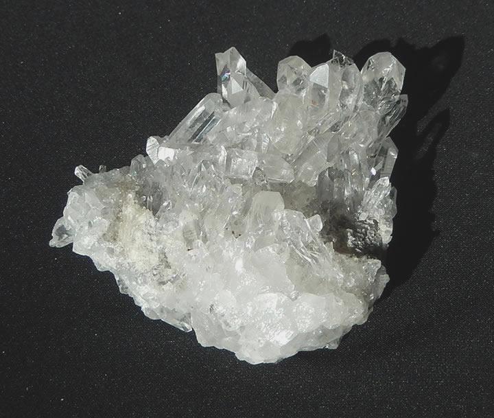 アーカンソー産水晶クラスター(両面)323g  虹ありarkan044