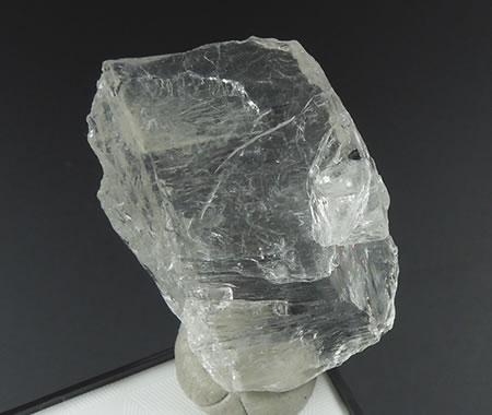 【送料無料】'高く純粋な波動を持つ天使の石' ブラジル産ペタライト原石 虹あり 天然石 パワーストーン  peta118