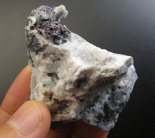 【送料無料】'深遠なる自己と出会う石'プルースタイト&ピンクカルサイト天然石 パワーストーンprous011