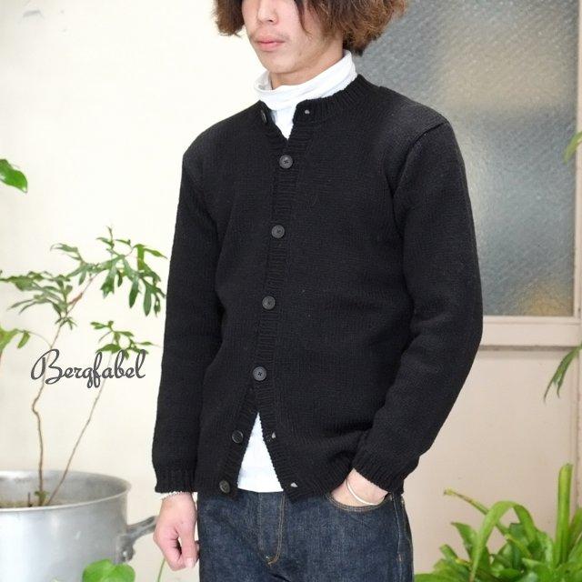 Bergfabel(バーグファベル)/ Hand Made Cardigan -BLACK-