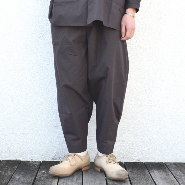 too good(トゥーグッド) / THE ACROBAT TROUSER COTTON PERCALE -SOOT-