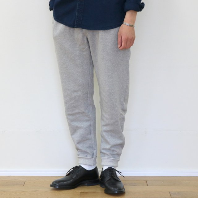 Merz b. Schwanen(メルツ・ベー・シュヴァーネン)/ sweat pant with fly -grey melange-