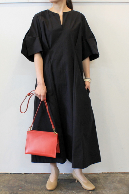 STUDIO NICHOLSON(スタジオニコルソン)/TUCK FRONT DRESS