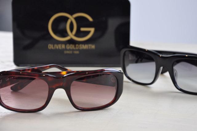 OLIVER GOLDSMITH (Oliver Goldsmith) and RENZO