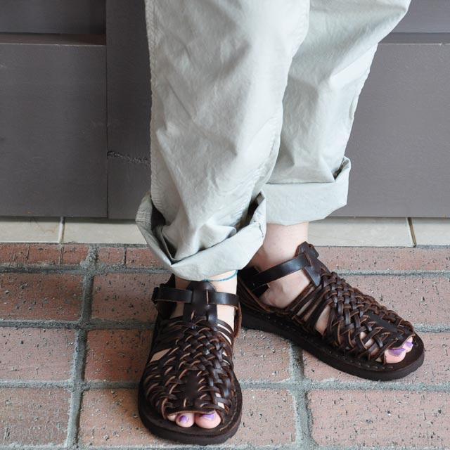 LA BAUME (TREK) and mesh sandals