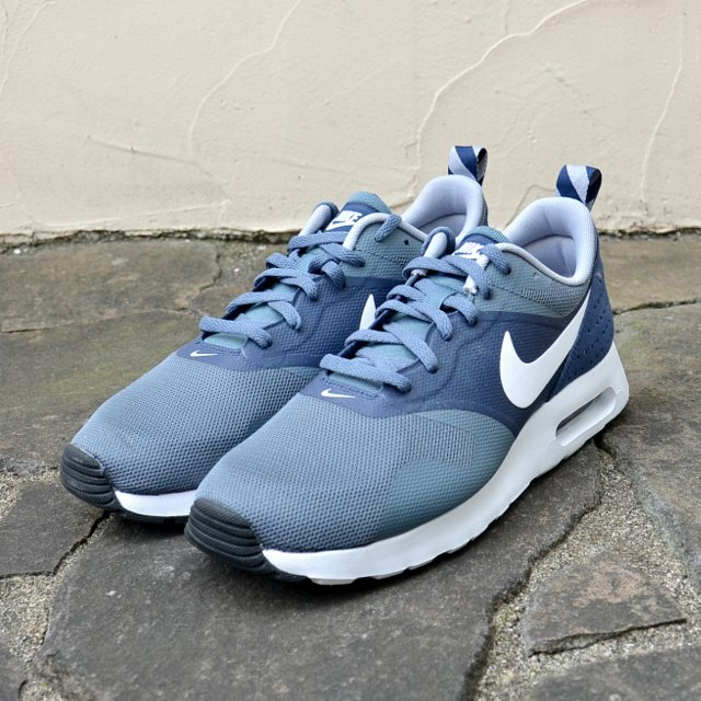 Nike (Nike) and NIKE AIR MAX TAVAS ESSENTIAL-(401) MIDNIGHT/NAVY-