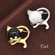 ブローチピン☆バッグなどにもどうぞ 動物ブローチ ひげの立派なネコ シルバー、ゴールド ブローチピン