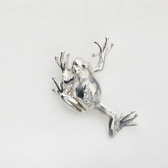 K18WG ダイヤモンド 蛙モチーフ タイタック ラペルピン/送料無料