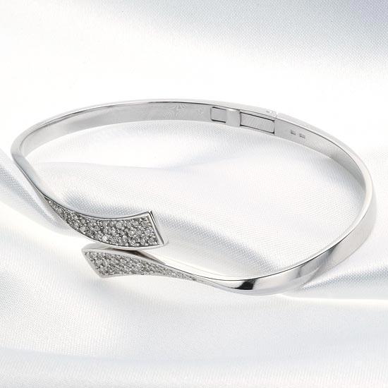 WG18ダイヤモンド0.50ct バングル /送料無料