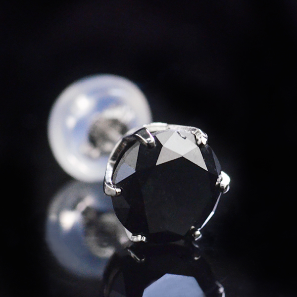 片耳ピアス 大粒1.0ct Pt900 ブラックダイヤモンド プラチナピアス/送料無料
