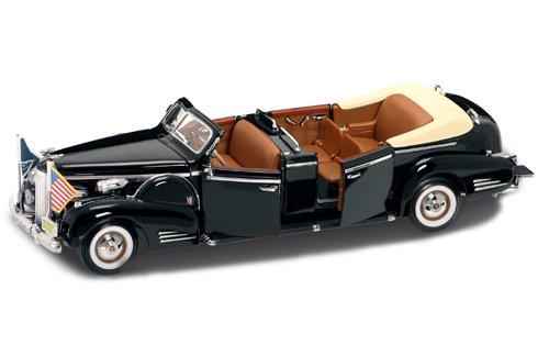 ミニカー キャデラック V-16 リムジン ルーズベルト 1938年 アメリカ 大統領 グッズ 模型 フィギュア ミニチュア インテリア ディスプレイ