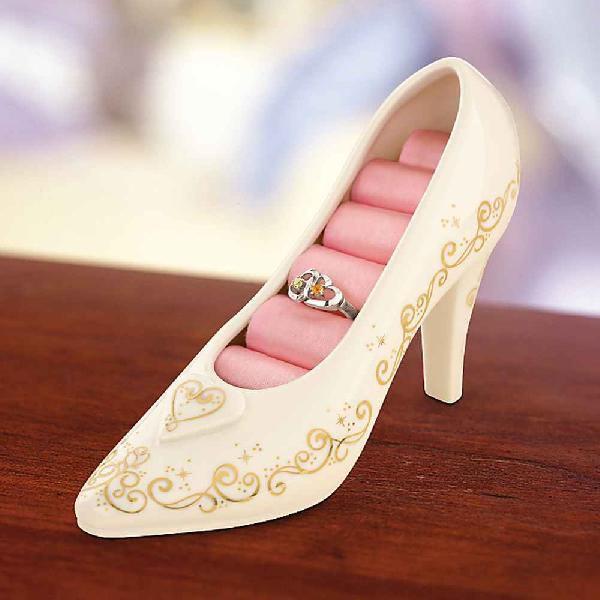 シンデレラ 靴 結婚式 引き出物 ギフト 贈り物 レノックス アクセサリーケース ディズニー ガラスの靴