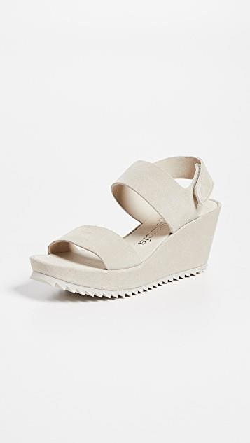 Fiona Wedge Sandals レディース