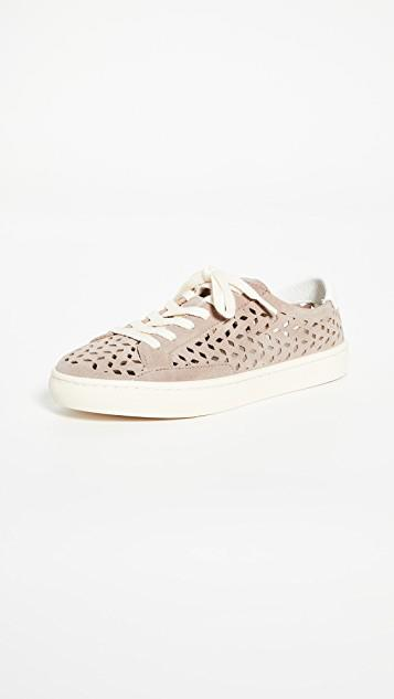 Ibiza Perforated Sneakers レディース
