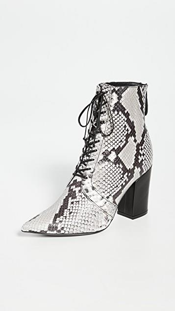 Amelia Lace Up Ankle Boots レディース