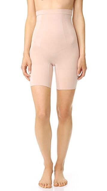Oncore High Waisted Mid-Thigh Shorts レディース