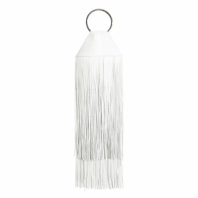 カラ KARA クラッチバッグ Fringe Lambskin Ring Clutch White/ Silver