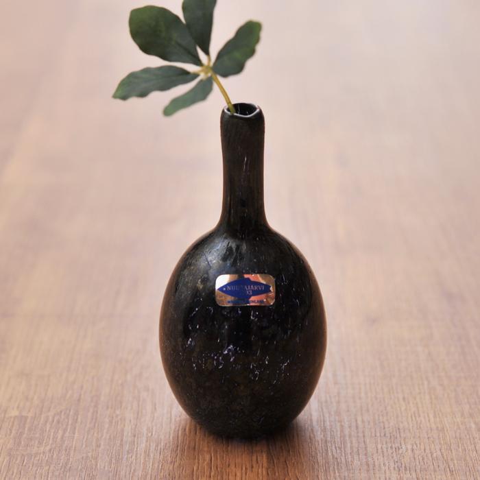 ヌータヤルヴィ オイバ・トイッカ MANSIKKAPAIKKA ボトル 一輪挿し 11cm ビンテージ vintage ヴィンテージ Nuutajarvi Oiva Toikka