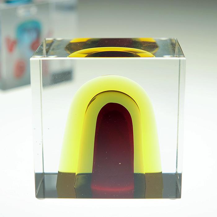 イッタラ iittala Nuutajarvi ヌータヤルヴィ Oiva Toikka オイバ・トイッカ Annual Cube アニュアル キューブ (箱入り) ビンテージ vintage ヴィンテージ 2006年
