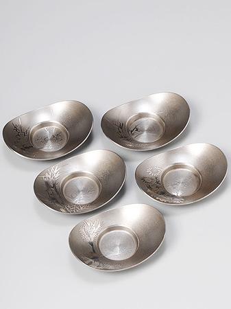 [ 送料無料 ] 大阪錫器 茶托 イブシ 小判形 [ 桐箱入り 茶たく ] 3.5 [ アドキッチン ]