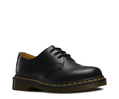 ドクターマーチン 日本正規品 ローカット ブーツ ブラック 黒CORE 1461 3ホールシューズ BLACK SMOOTH