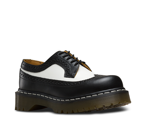 ドクターマーチン 日本正規品 ブーツ ブラック 黒 5ホール 3989Z BEX WINGTIP BLACK/WHITE SMOOTH
