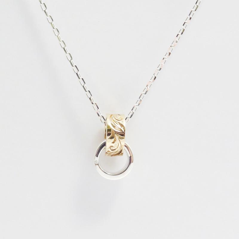 シルバー925 メンズネックレス SILVERとCUAL(銅合金)のコンビになっている小さめTop。細かい模様が彫り込まれている。( Engraving Necklace )