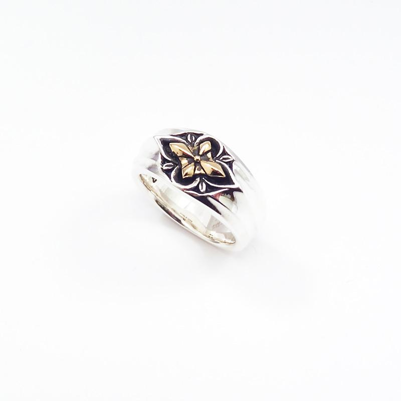 シルバー925 メンズリング華の様に咲くクロスがポイントのリング。 SILVERとCUAL(銅合金)のコンビでサイドはシャープなライン。(Cross Flower Ring )