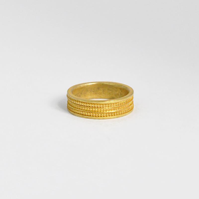 シルバー925 アンティーク金メッキ メンズリングオリエンタルな幾何学模様を入れたボリュームあるリング。重厚な存在感等に拘り抜いたリング。(Pattern Ring Antique gold)