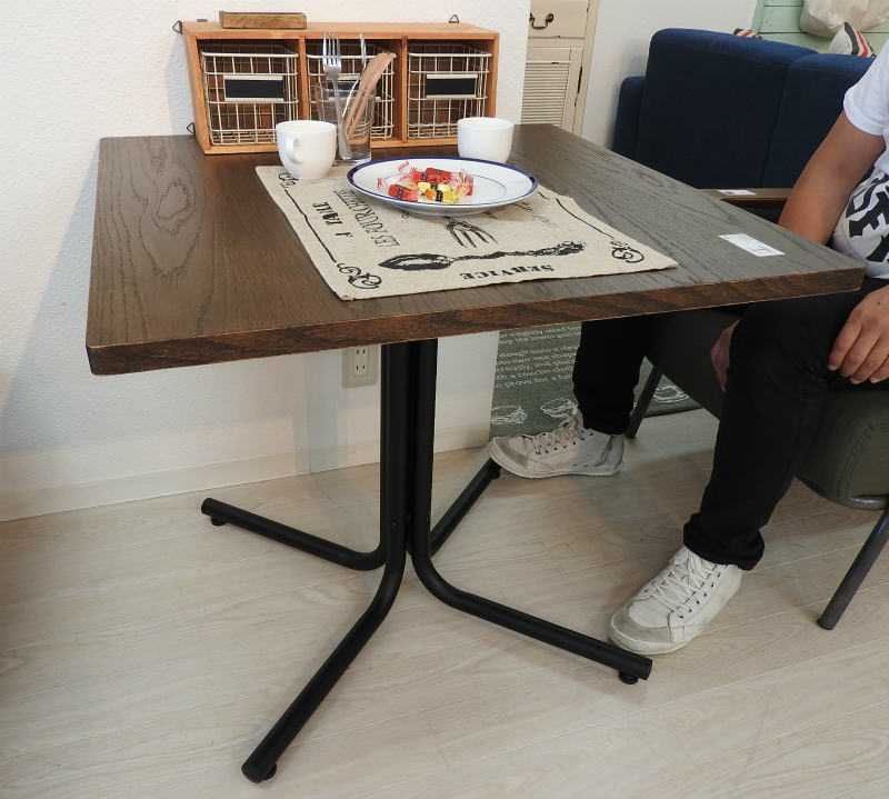 ダリオ カフェテーブル 正方形 END-223TBR ブラウン 四角 ダイニングテーブル ソファ テーブル 机 食卓 北欧 木製 スチール ウッド おしゃれ インテリア 家具 新生活 一人暮らし