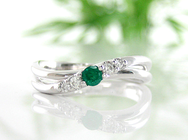 K18 white gold Emerald x diamond ring Cher Beaute - school Bate - re-designed 18 K 18 k WG White Gold Gift Giveaway