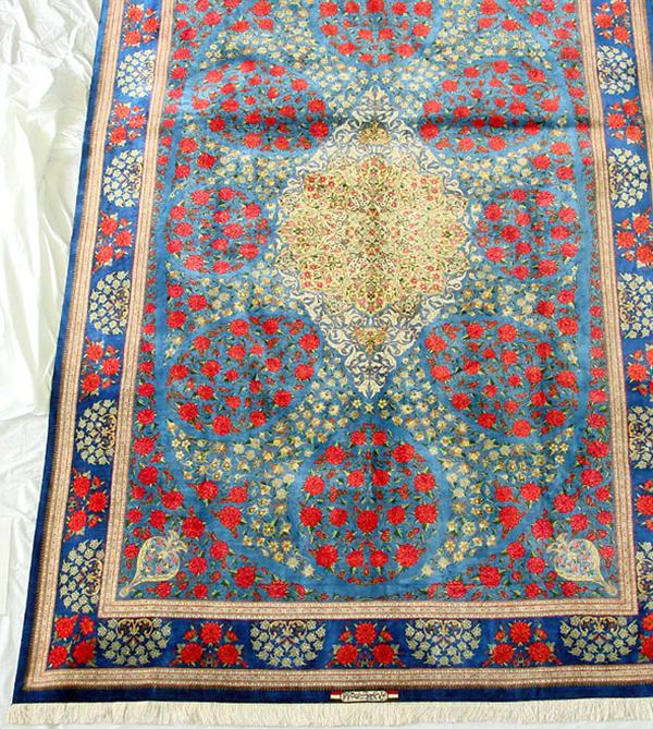ペルシャ絨毯 サイズ:304×199 産地:クム 作者:ラシャビアン 材質:シルク【送料無料】【同梱不可】【店頭受取対応商品】