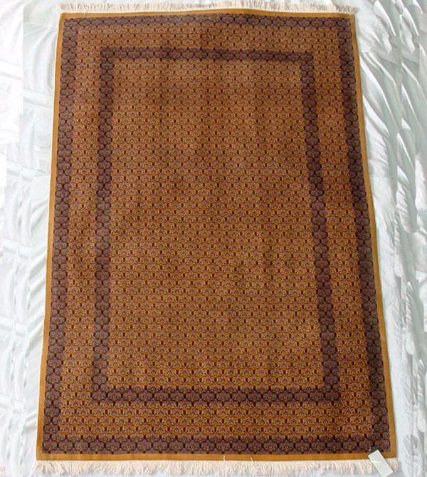 ペルシャ絨毯 サイズ:199×131 産地:クム 材質:シルク【送料無料】【同梱不可】【店頭受取対応商品】