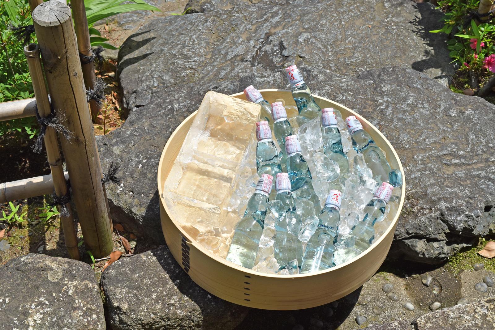 ★限定生産品★曲げわっぱのたらい桶【ナチュラル】日本製の大きい桶に氷を入れて、ラムネやお酒、野菜などをディスプレイするとおしゃれに!お庭やテラスで、BBQやパーティなどの集まりなどに。居酒屋さんなどのお店の演出にもおすすめです。
