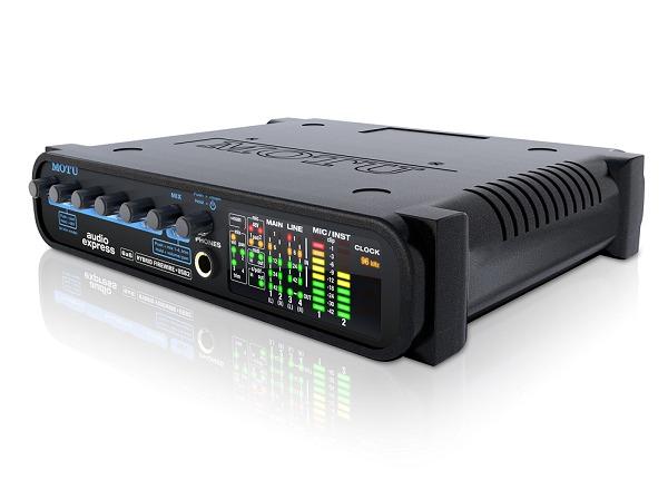 【ポイント5倍】【送料込】MOTU/モツ Audio Express FireWire・USB 6/8 オーディオMIDIインターフェイス【正規輸入品】【smtb-TK】
