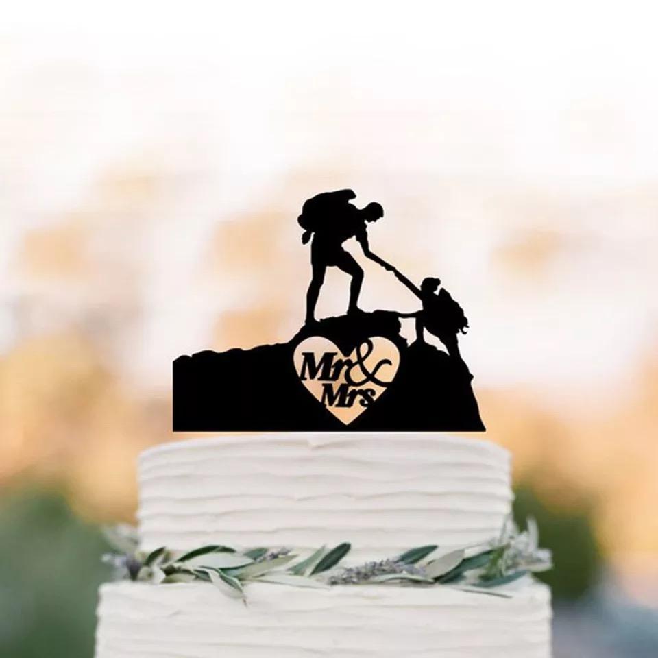 ハイキング 山登り 新郎新婦 上品 ケーキトッパー ウェディング リゾ婚 海 結婚式 ダイバー 人気 名入れ