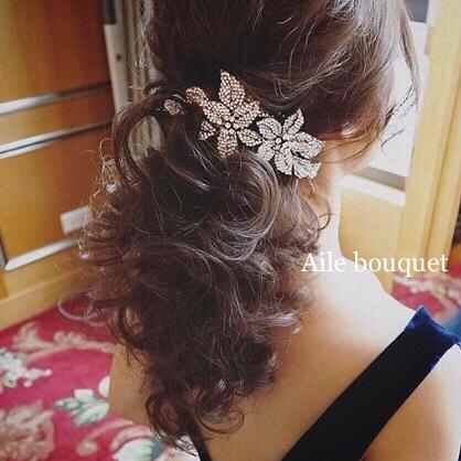 ヘッドドレス フラワー カチューシャ ビジュー 期間限定で特別価格 ヘッドピース ウェディング 結婚式 品質保証 ブライダル ヘアアクセサリー