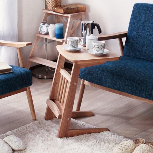サイドテーブル ソファテーブル コの字型テーブル 補助テーブル 天然木 簡易テーブル コーナーテーブル 簡易デスク マガジンラック付 ♪