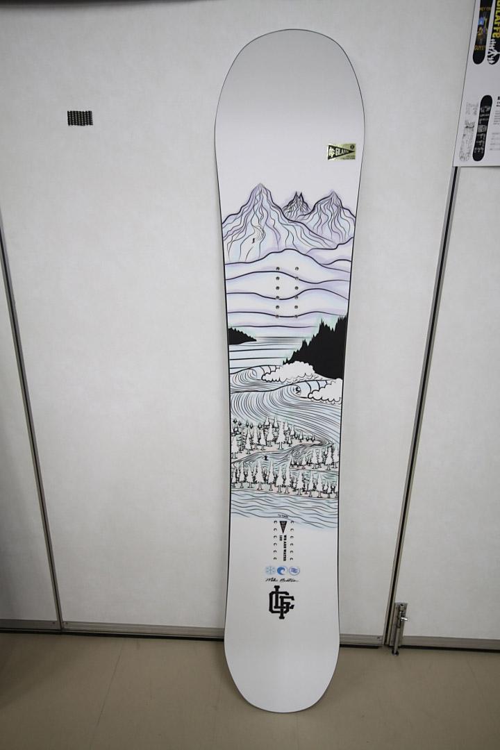 GILAFFE SNOWBOARDS [ WE ARE WATER @84240] ジラーフ スノーボード 安心の正規品