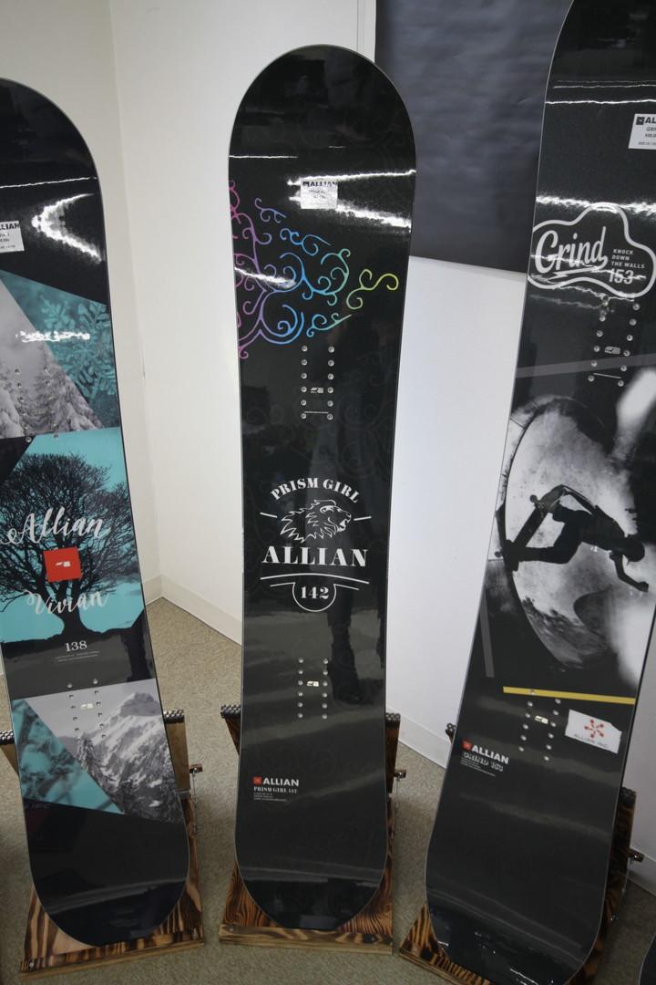 ALLIAN SNOWBOARD 【 PRISM GIRL @73440】 アライアン スノーボード 【正規代理店商品】【送料無料】