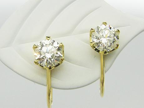 0.527ct&0.522ct H,SI2,GOOD K18製 6本爪 ダイヤモンドイヤリング