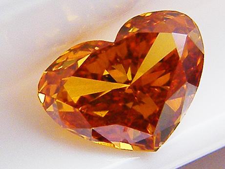 0.298ct FANCY.VIVID.YELLOWISH.ORANGE,SI1,ハート オレンジダイヤモンドルース