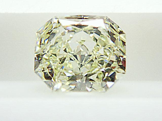 0.625ct LIGHT.GREEN.YELLOW,IF,ラディアント グリーンイエローダイヤモンドルース