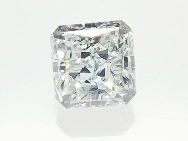 0.252ct LIGHT.BLUE,VS2,ラディアント ブルーダイヤモンドルース
